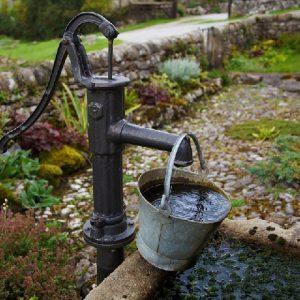 Phương pháp xử lý nước giếng khoan bị mặn cho hộ gia đình